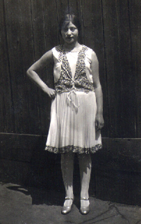 One of Toba's daughters, Anne Mayoff Sabran circa 1926.