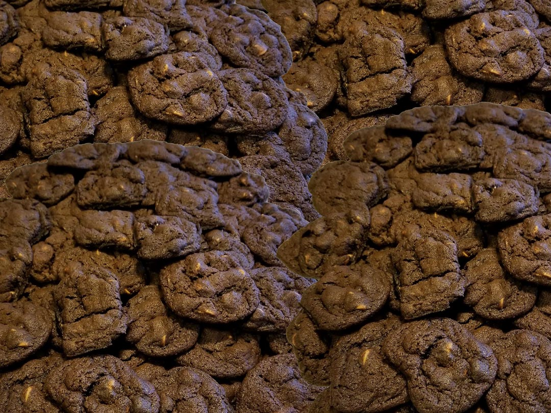 mound of Mayoff Day cookies