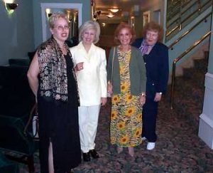 Susan Mayoff Vamos, Vivien Gold, Essie and Doris Mayoff