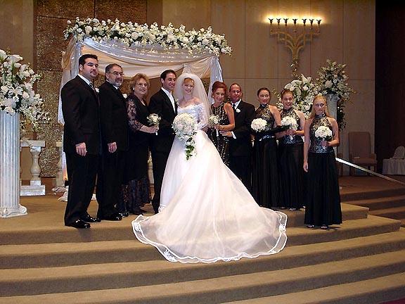 Aaron Isaacs, Ronite Markowitz Isaacs, Sharon Markowitz, Allen Markowitz, Roberta Markowtiz, Erika Markowitz, Elana Markowitz.